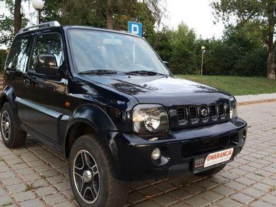 używany Suzuki Jimny Jimmy 1.3dm3 82KM 2003r. 111 409km1.3 Benz 4x4 Klimatyzacja Alufelgi Opłaty *GWARANCJA*