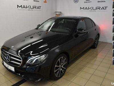 używany Mercedes E220 2dm 194KM 2017r. 109 890km