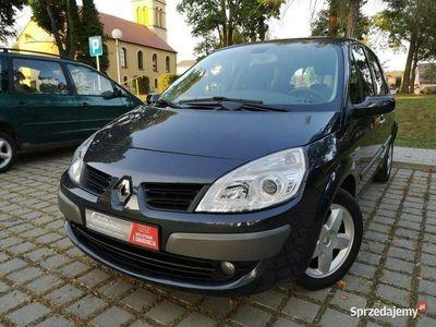 używany Renault Scénic 1.6dm 112KM 2007r. 135 284km