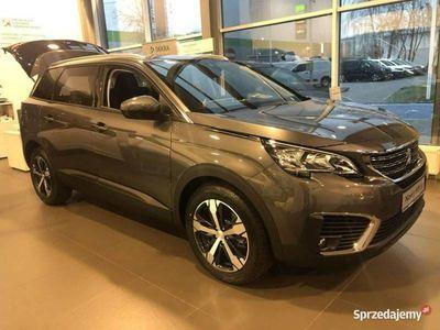 używany Peugeot 5008 1.5dm 130KM 2019r. 5km