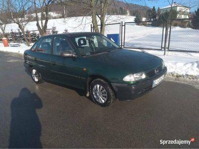 używany Opel Astra Classic 2000r. 1.4 16V !