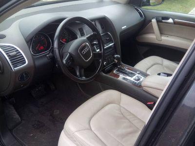 używany Audi Q7 QUATTRO 3,0 TDI