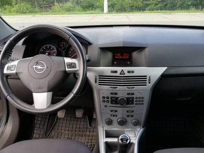 używany Opel Astra lll h