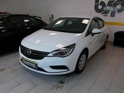 używany Opel Astra 1,4 Essentia +Zimowy 36 tkm!!Gwarancja do 2022!!