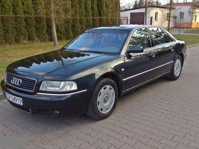 używany Audi A8 3.3dm 224KM 2000r. 333 000km