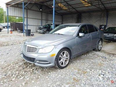 używany Mercedes C250 C 250 -Benz1.8 204 KM 7-bieg. autom. 2012 W204 (2007-2014)