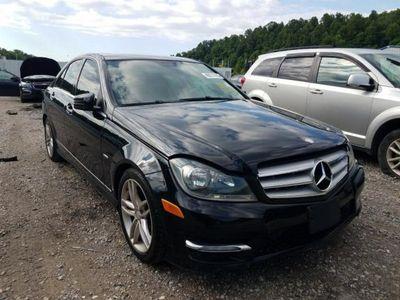 używany Mercedes C250 1.8dm 204KM 2012r. 211 000km