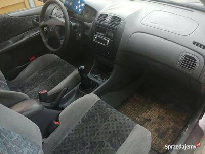 używany Mazda 323F 1.5 2000r klima!