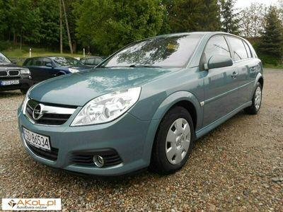 używany Opel Signum 1.9dm 150KM 2007r. 174 000km