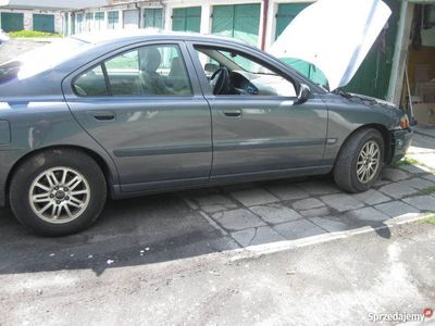 używany Volvo S60 2,4 L5 benzyna na części