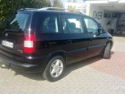 używany Opel Zafira 1.8 benzyna zadbany stan bdb