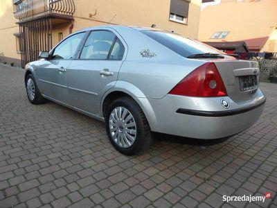 używany Ford Mondeo MK3 Hatchback 1.8 16v 2001 Klimatyzacja Radio Po