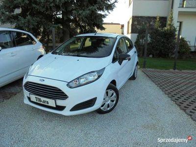 używany Ford Fiesta 1.5dm 75KM 2015r. 107 000km