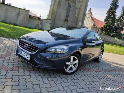 używany Volvo V40 1.6D 2014r Servis ASO BEZWYPADKOWY Gwarancja Licznik LED FAKTURA VAT II (2012-)