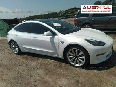 używany Tesla Model 3 2020, 4x4, Long Range, od ubezpieczalni