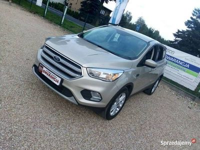 używany Ford Kuga 1.5dm 182KM 2017r. 77 300km