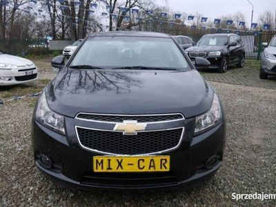 używany Chevrolet Cruze 1.8dm 140KM 2011r. 190 000km