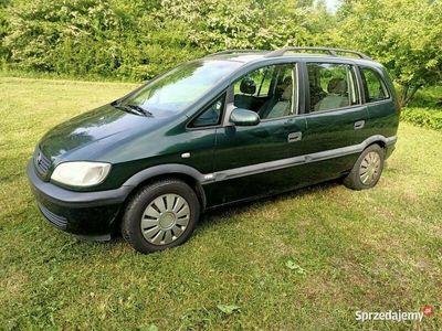 używany Opel Zafira 1.6 benzyna. Sprowadzony