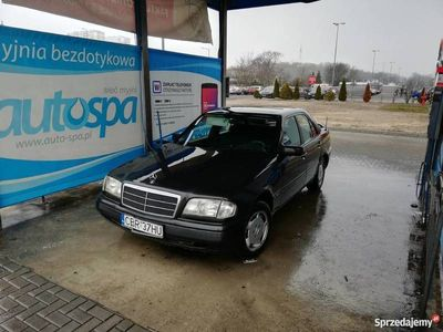 używany Mercedes C180 W202LPG OKAZJA