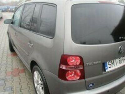 używany VW Touran I 2.0 TDI Highline DSG