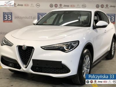 used Alfa Romeo Stelvio 2dm3 200KM 2019r. 6km Business 2.0 200KM AT8 | Biały ALFA WHITE | 2019 | CarPlay / Android