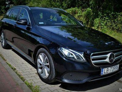 używany Mercedes E220 Bezwypadkowy/ Faktura VAT/ Szklany Dach/ Kamery/ Doposażony W213 (2016-)