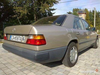 używany Mercedes E200 W124 sprowadzony