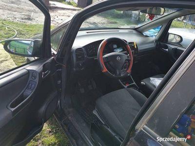 używany Opel Zafira A 2.0DTI
