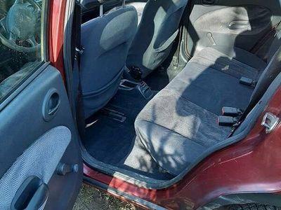 używany Ford Escort komgi 1.6 benzyna