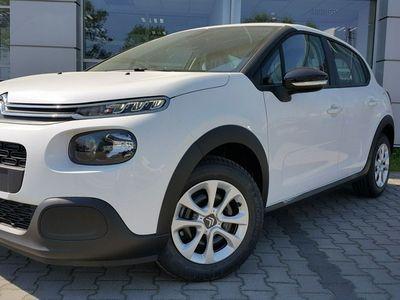 używany Citroën C3 1.2dm3 82KM 2018r. 5km 1,2 82KM Feel - klima autom. + czujniki parkowania + duże radio