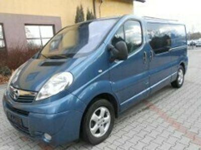 używany Opel Vivaro I 6 osób