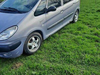 używany Citroën Xsara Picasso 1.8B+LPG cały na części!!