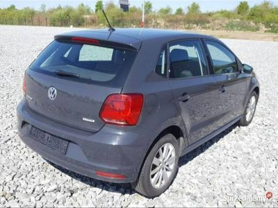 używany VW Polo PoloV 1.0 3cyl. Comfortline BMT/Start-Stopp 2014 V (2009-2017)