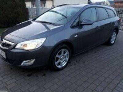 używany Opel Astra IV 1.7 CDTI Essentia