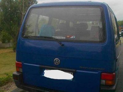 używany VW Transporter t4 dobry stan 9 osobowy