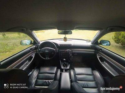 używany Audi A4 B5 Czarna