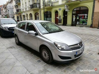 używany Opel Astra 2010r 1.4 benz SALON POLSKA