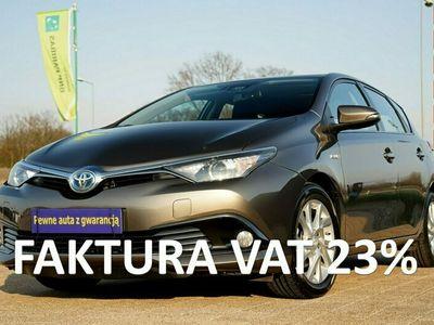 używany Toyota Auris HYBRYDA parktronik NAWIGACJA alufelgi 16 KAMERA parktronik ZAMIANA II (2012-)