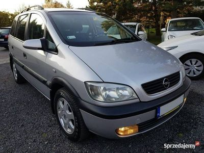 używany Opel Zafira 1.6dm 115KM 2000r. 220 000km