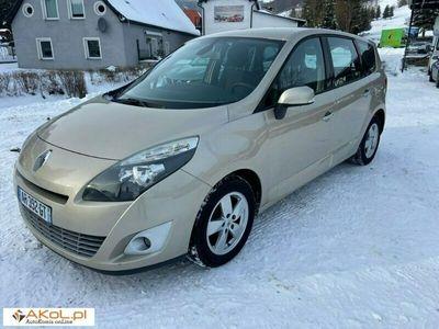 używany Renault Scénic 1.9dm 130KM 2010r. 256 000km