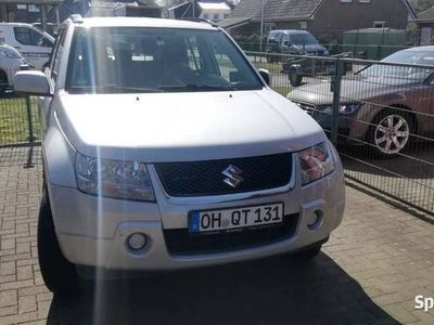 używany Suzuki Grand Vitara 2.0 **Benzyna + LPG**Rok 2008**4 x 4**