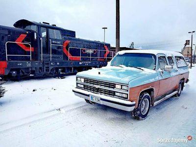 używany Chevrolet Silverado R1500 Suburban