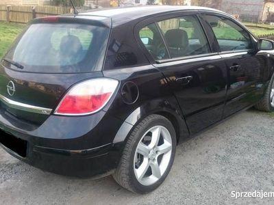 używany Opel Astra III 1.8 Lpg cosmo
