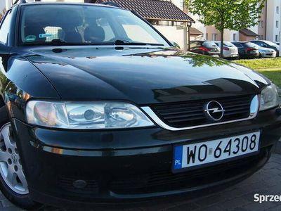 używany Opel Vectra Lift 2002r 1.6 benz -bogata wyposazony,bdb stan