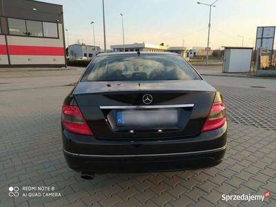 używany Mercedes C220 c klasa w204 Avangarde Manual 170 KM zare
