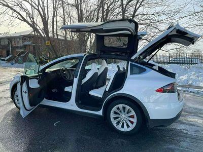 używany Tesla Model X Model X2021 WHITE ELECTRIC 503KM 890KM