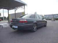 używany Opel Omega 2.2dm 120KM 2001r. 236 000km