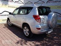 używany Toyota RAV4 III lekko przod pali jezdzi,czesci w cenie