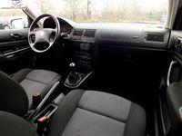 używany VW Golf 1.4dm 75KM 2001r. 165 000km