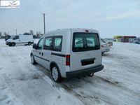 używany Opel Combo 1.3dm 75KM 2007r. 150 000km